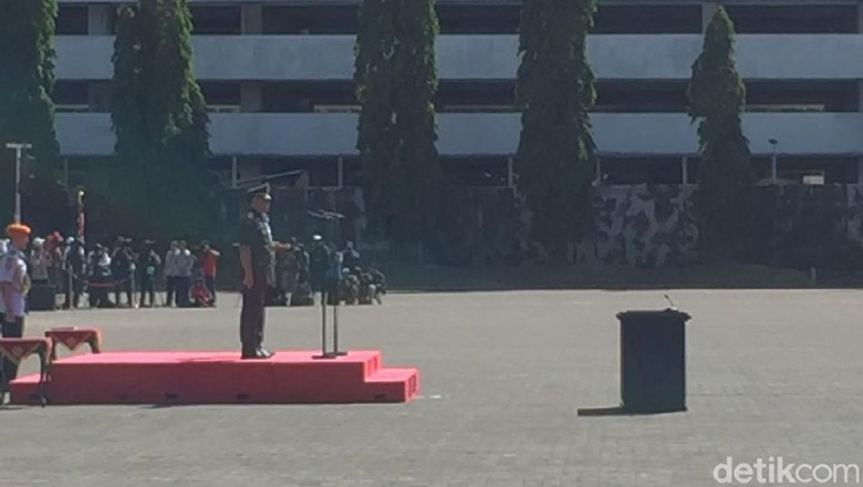 TNI Upacara Sertijab Marsekal Hadi Jadi Panglima di Mabes Cilangkap