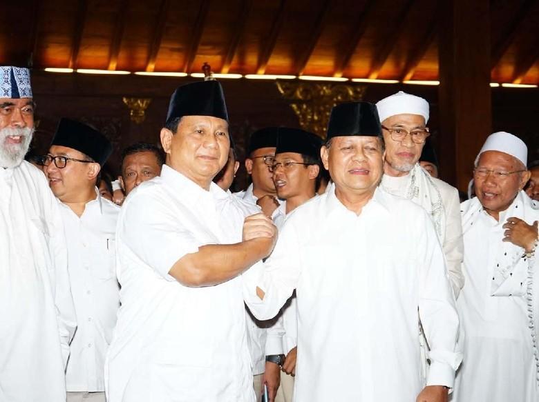 Prabowo Bakal Lobi untuk Usung - Jakarta Ketua Umum Partai Gerindra Prabowo Subianto mengatakan akan melobi PAN dan PKS untuk dukungan kepada Mayjen Sudrajat