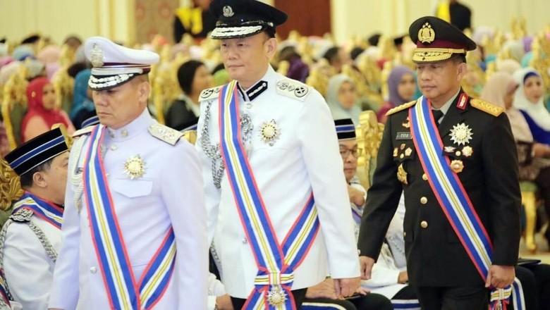Raja Malaysia Beri Gelar untuk Kapolri Tito Karnavian