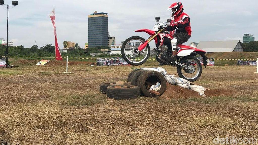 Astra Motor Makassar Buka Kesempatan Jajal Honda CRF150L