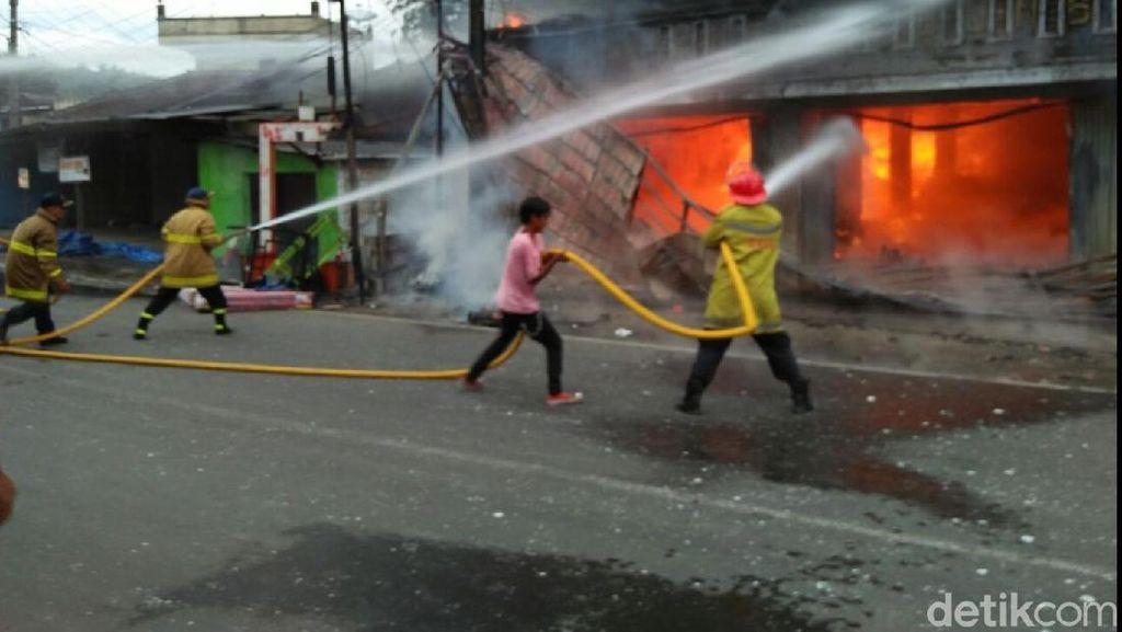 Toko Kelontong di Sukabumi Terbakar, Pemilik Duga Ada Sabotase