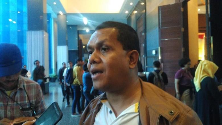 Ketua Golkar Saya Sudah Lihat - Jakarta Ketua DPD I Golkar NTT Melki Laka Lena mengatakan telah melihat langsung surat pengunduran diri Setya Novanto