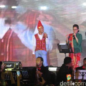 Merdunya Suara Sri Mulyani Nyanyi di Perayaan Natal Kemenkeu