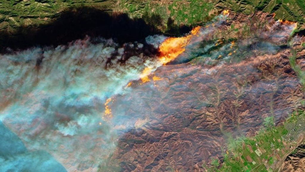 NASA Umbar Foto Kebakaran California dari Luar Angkasa