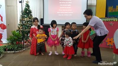 Potret Keceriaan Anak-Anak Menyambut Natal
