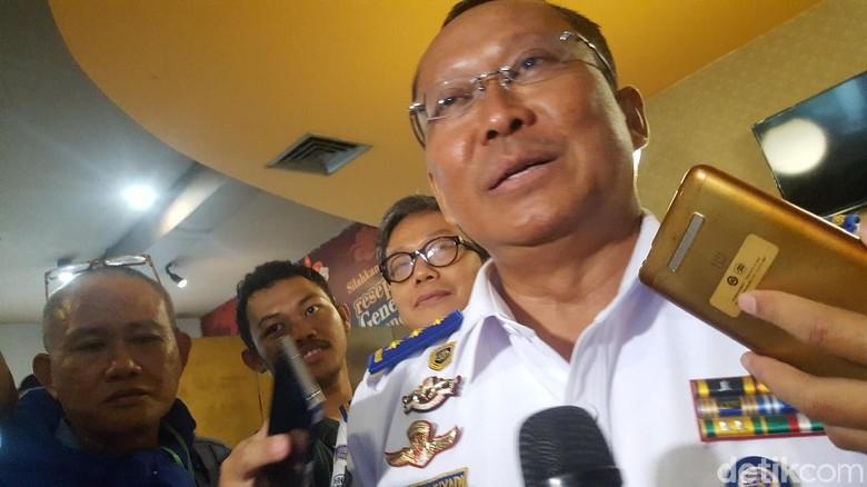 Jelang Libur Kemenhub Cek Kondisi - Jakarta Kementerian Perhubungan melakukan uji kelayakan kendaraan kendaraan angkutan barang menjelang libur panjang Natal dan tahun Tahun ini