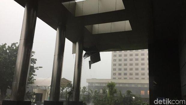 Plafon Gedung KPK Amblas