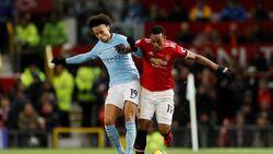 Gary Neville Sebut City di Level yang Berbeda dengan United