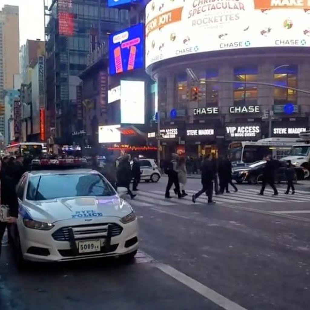 Foto: Suasana Saat Ledakan Guncang Manhattan New York
