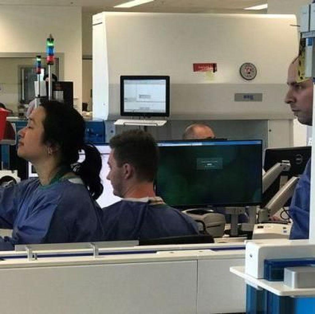 Robot Pembawa Sampel Laboratorium Bisa Gantikan Tugas Manusia