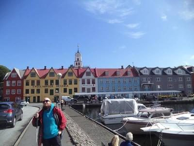 Kisah Traveler Tuna Netra yang Backpacking ke 124 Negara