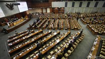 Paripurna Pelantikan Bamsoet Ketua DPR, 313 Anggota DPR Tak Hadir
