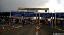 Cerita Ibu Hamil Terjebak Macet Horor di Tol Cikampek Selama 7 Jam