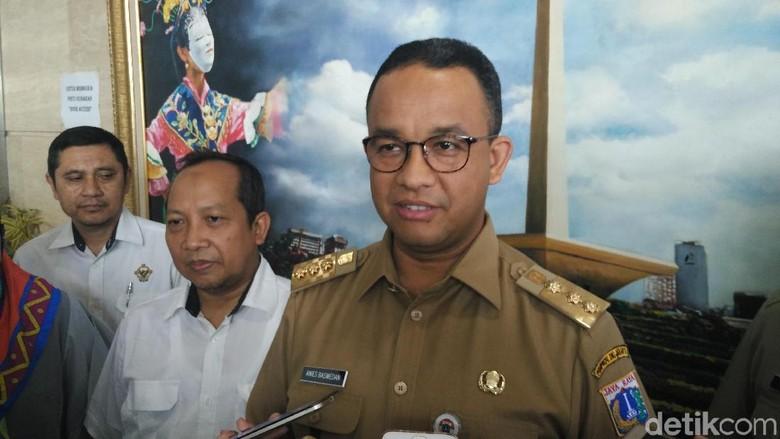 Anies Surati Jajaran Pemprov soal - Jakarta Beberapa wilayah di DKI Jakarta dilanda banjir akibat hujan Gubernur DKI Anies Baswedan menginstruksikan jajaran di bawahnya