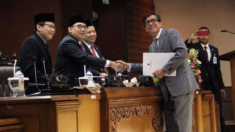 UU Kepalangmerahan Resmi Disahkan, DPR Tutup Masa Sidang