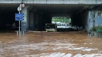 Banjir Landa Jakarta, Pengusaha Khawatir Arus Barang Terhambat