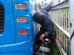 Video: Jangan Terobos Busway Kalau Tak Mau Kejepit Kaya Gini