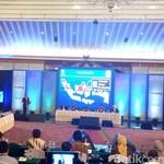 Di Depan Ekonom, Jokowi Blak-blakan Soal Trans Papua
