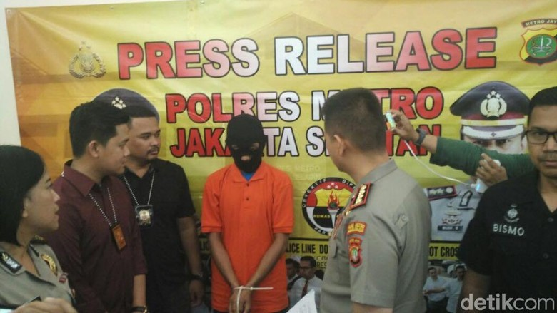 Polisi: Berbaju Loreng, Pembobol Kotak Amal Masjid Bukan Anggota TNI