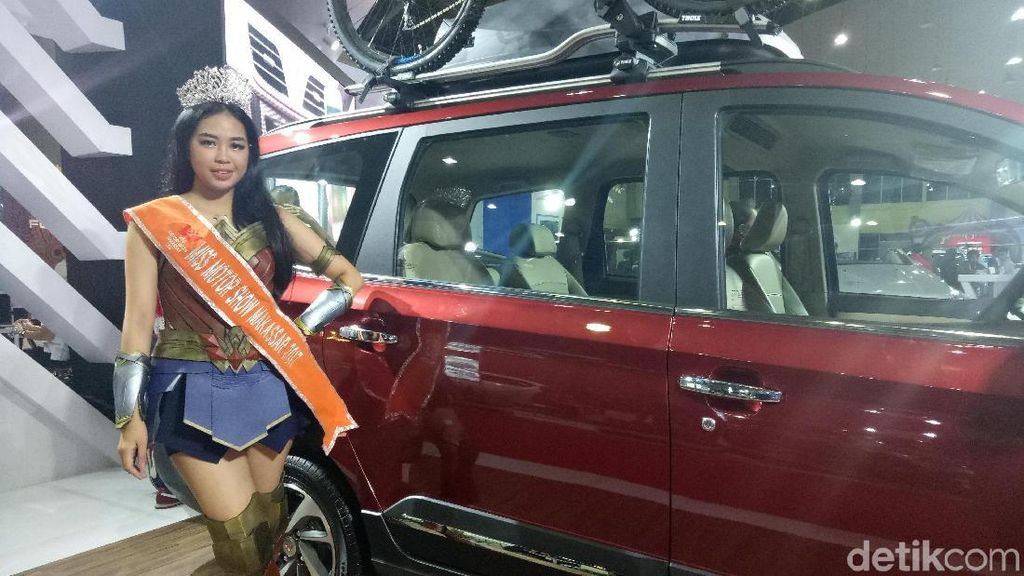 Wonder Woman Jadi Miss Motor Show Makassar