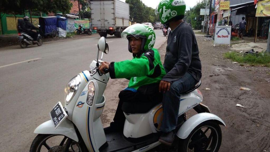 Keinginan Difabel yang Jadi Driver Ojek Online: Ingin Punya PCX