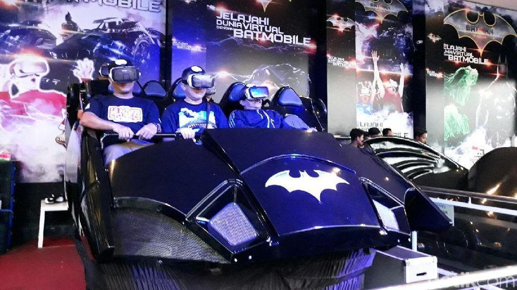 Sensasi Naik Mobil Batman di Museum Angkut