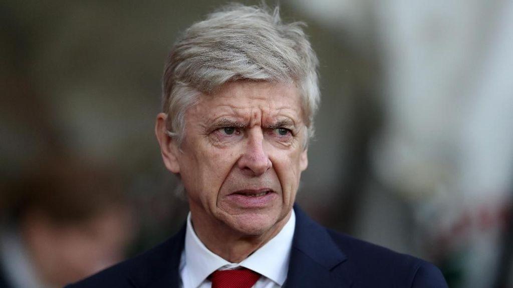 Komentari Keributan Derby Manchester, Wenger Sebut-sebut Sumo Jepang