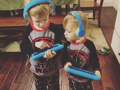 Like Brother Like Brother, Kompaknya Kakak dan Adik Laki-Laki