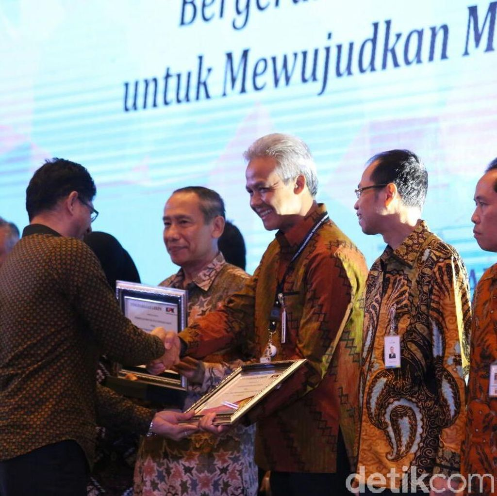 Pejabatnya Lapor LHKPN, Pemprov Jateng Diganjar Penghargaan KPK