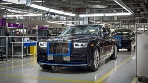 Generasi Rolls-Royce Phantom Dilelang, Mau?