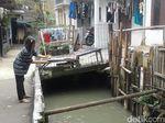 Ada 121 Rumah Warga Dibangun di Bantaran Kali Pulo Jaksel