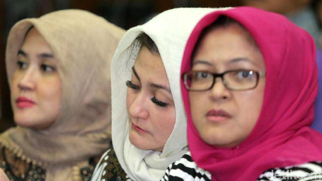 Deisti, Idrus dan Aziz Syamsuddin Hadiri Sidang Novanto