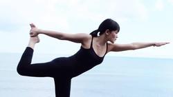 Tak perlu melirik jauh ke negera sebelah, deretan artis asal Indonesia juga punya tubuh yang layak jadi body goals lho!