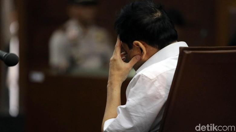 Hakim Putuskan Sidang Novanto Dilanjutkan Pembacaan Dakwaan