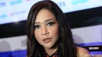 Dihantam Isu Video Syur, Marion Jola Dianggap Maia Seorang Bintang