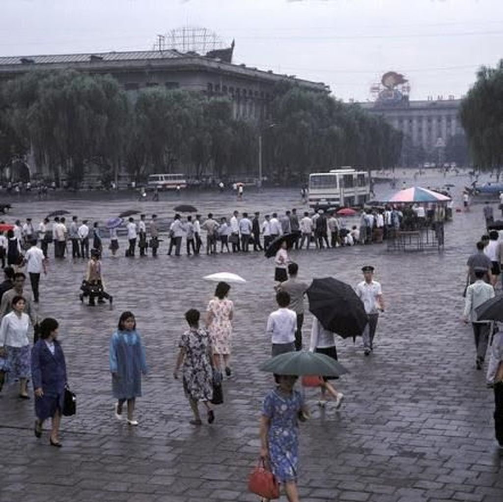 Deretan Foto Warna Ungkap Kondisi Korut Tahun 1980-an