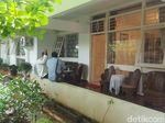 Warga Mulai Berdatangan ke Rumah Duka AM Fatwa di Pejaten