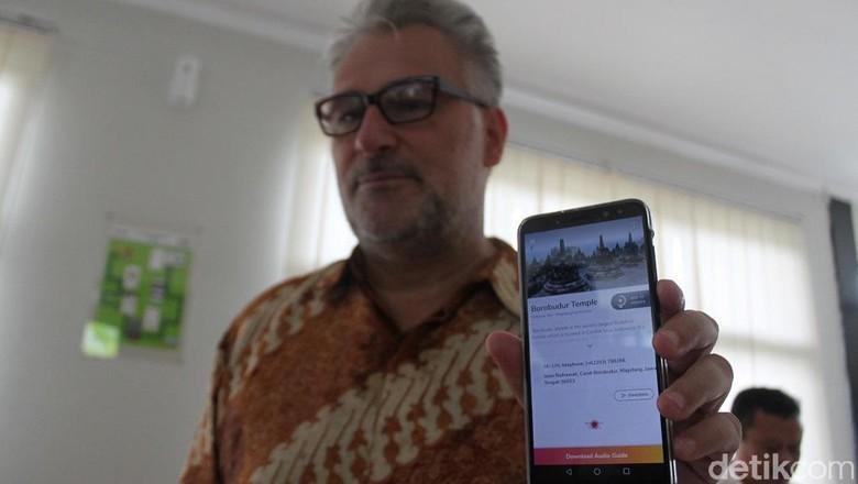 Foto: Aplikasi Chattra Borobudur E-Guide yang bisa diakses pengunjung (Pertiwi/detikTravel)