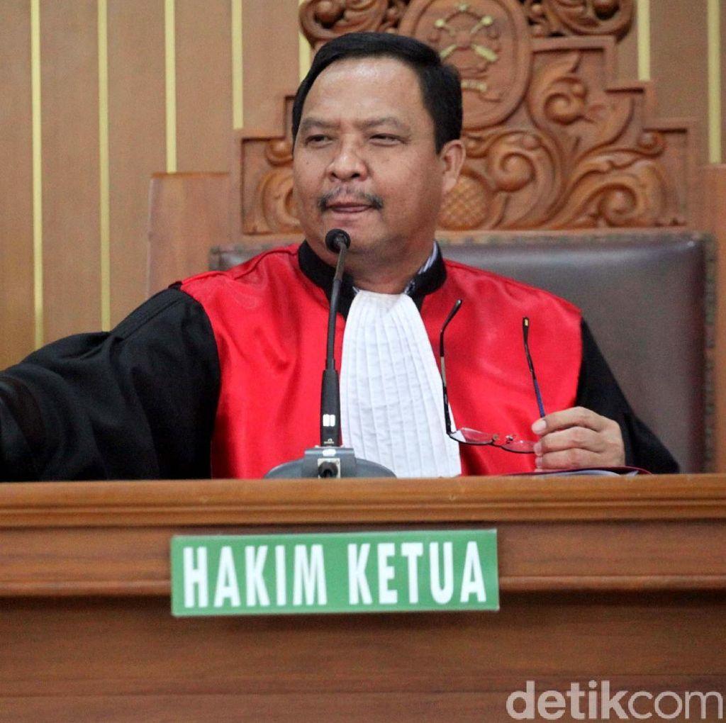 Hakim Gugurkan Praperadilan Setya Novanto
