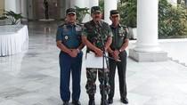 Makan Bareng Jokowi, Marsekal Hadi Pastikan TNI Solid