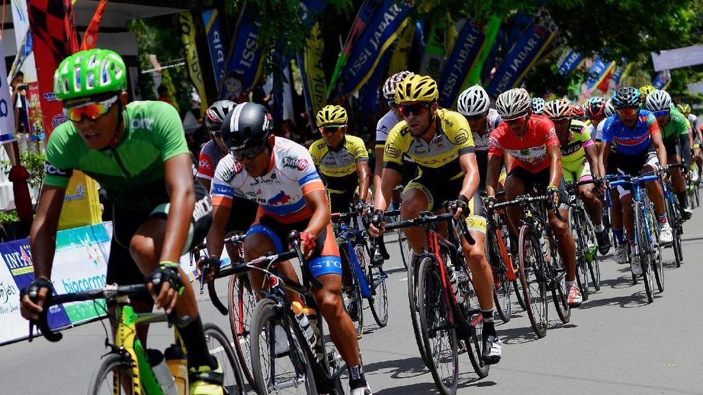 Balapan Sepeda Tour de Linggajati