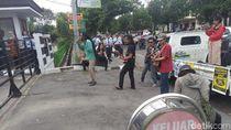 Ada Konser Dukung Petani Kulon Progo di Depan Kantor PT AP I Yogya