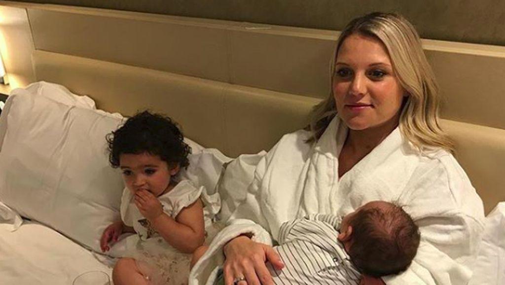 Curhat Seorang Ibu Difabel Soal Tandem Nursing