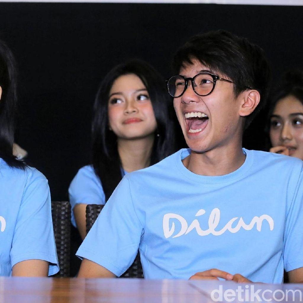 Iqbaal dan Vanesha <i>Happy Banget</i>, Kenapa Ya?