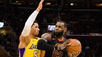 LeBron Samai Larry Bird, Cavs Bekap Lakers