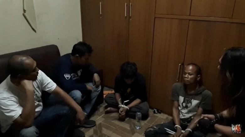 Kawanan Jambret Penumpang Ojek Online - Jakarta Tim Opsnal Unit II Subdit Jatanras Ditreskrimum Polda Metro Jaya menangkap kawanan penjambret yang melakukan aksinya di