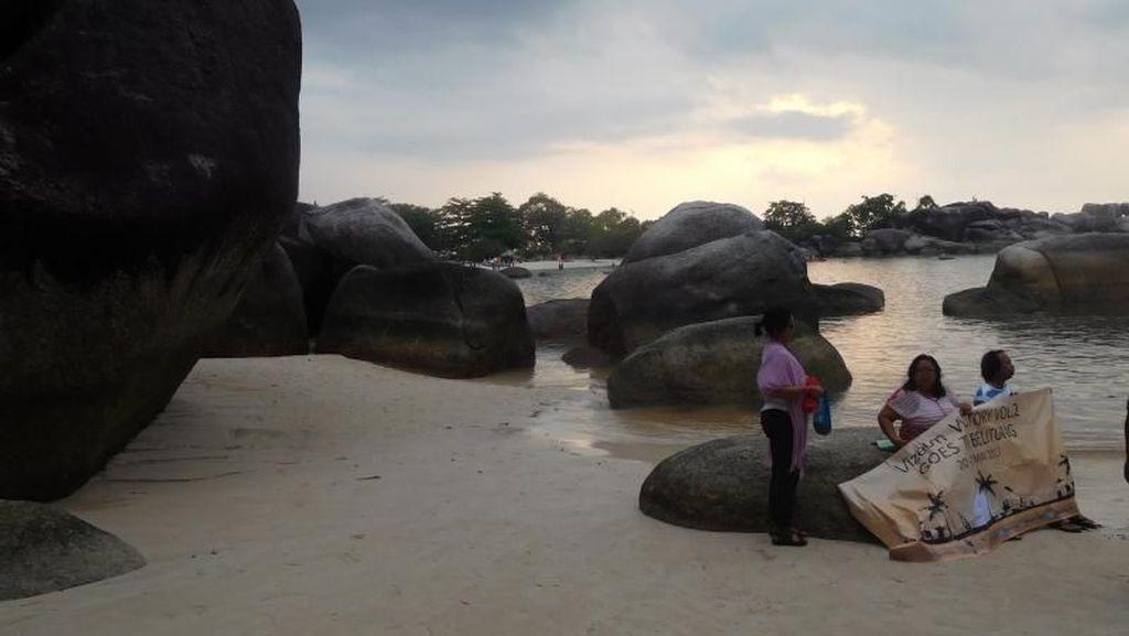 Inilah Pantai yang Diceritakan Laskar Pelangi
