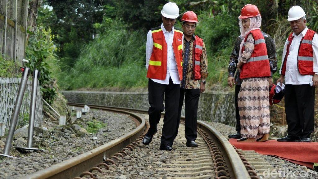 Cerita Jokowi Kena Macet Hingga Rahasiakan Lokasi Bandara Sukabumi