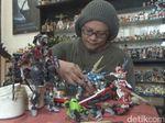 Warga Jombang Habiskan Puluhan Juta untuk Koleksi Action Figure
