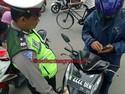 Tak Hanya ABG Sexi, Pelat Nomor Pak Raden Juga Terciduk